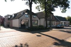 Zandhoeklaan 11-13, Westerbork